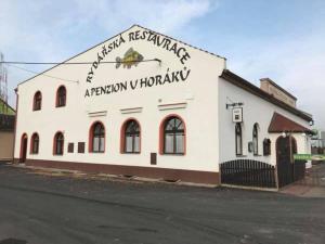 Albergues - Rybářská restaurace a penzion u Horáků
