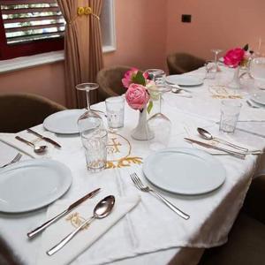 Lux de Paris, Hotely  Tirana - big - 48
