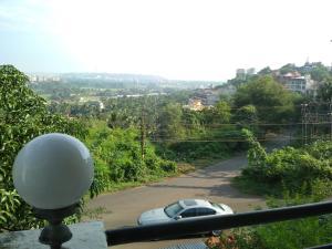 Quarto De Casa Vista, Bed and Breakfasts  Panaji - big - 1