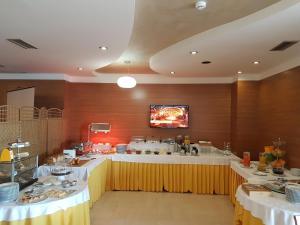 Aragosta Hotel & Restaurant, Szállodák  Durrës - big - 28