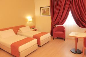 Best Western Mirage Hotel Fiera, Hotels  Paderno Dugnano - big - 101