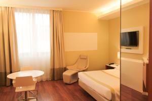 Best Western Mirage Hotel Fiera, Hotels  Paderno Dugnano - big - 104