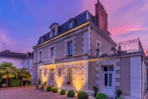 Location gîte, chambres d'hotes Le Pavillon Des Lys dans le département Indre et Loire 37