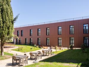 Hospedería Puente de Alconétar, Hotel  Garrovillas - big - 57