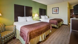 Best Western Airport Inn & Suites Cleveland, Отели  Брук-Парк - big - 28