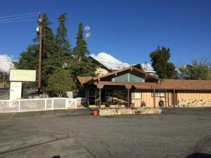 Holiday Lodge - Nevada City