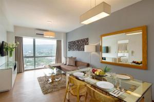 Quest Serviced Residences - Cebú