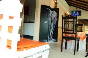 Keeme-Nao Hotel, Hotel  Mahalapye - big - 50