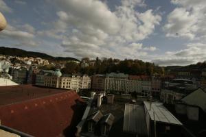 Apartmany U Divadla, Ferienwohnungen  Karlsbad - big - 13