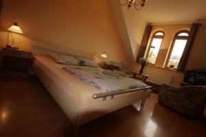 Apartmany U Divadla, Ferienwohnungen  Karlsbad - big - 9