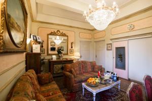 Antica Residenza D'Azeglio Room&Breakfast di Charm - AbcAlberghi.com