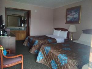 Victorian Inn, Motels  Cleveland - big - 5