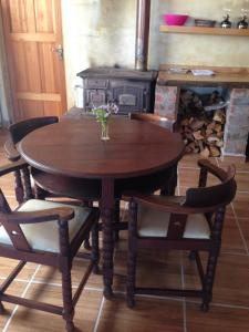 Sanctum Cottages, Vidéki vendégházak  Grabouw - big - 5