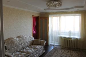 Apartment at Suvorova 40 - Malyye Shapy