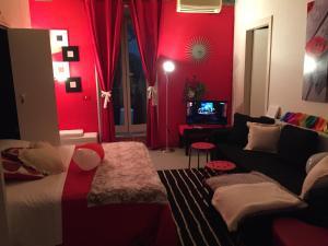 Monolocale in Via San Quintino piano semi - abcRoma.com