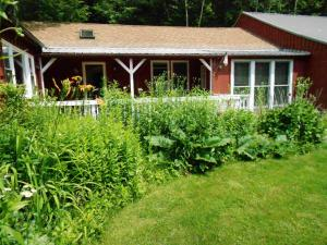Cavalier Cottage B&B - Accommodation - Shelburne Falls