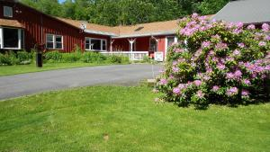 Cavalier Cottage B&B - Accommodation - Shelburne Falls