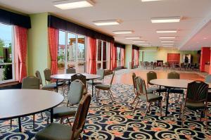 Best Western Plus Sandusky Hotel & Suites, Отели  Сандаски - big - 53