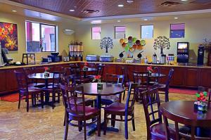 Best Western Legacy Inn & Suites, Hotels  Mesa - big - 22
