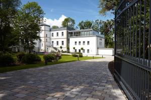 Hotel Rittergut Stoermede - Eringerfild