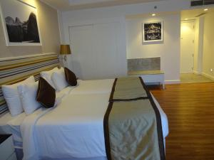 Amanora The Fern Hotels & Club, Hotels  Pune - big - 28