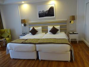 Amanora The Fern Hotels & Club, Hotels  Pune - big - 16
