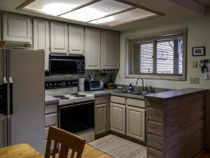 The Bluffs - Sweet Retreat, Dovolenkové domy  Elkhorn Village - big - 41