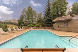 The Bluffs - Sweet Retreat, Дома для отпуска  Elkhorn Village - big - 18