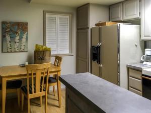 The Bluffs - Sweet Retreat, Дома для отпуска  Elkhorn Village - big - 31