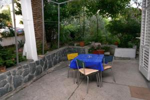 Apartments and rooms with parking space Makarska - 6644