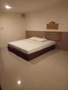 Tongpoon Hotel - Pom Prap
