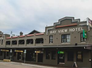 Bayview Hotel - Batemans Bay