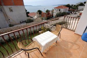 Apartments by the sea Rastici (Ciovo) - 4823, Apartmanok - Trogir