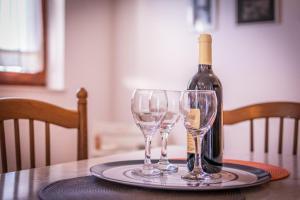 Apartments by the sea Rastici (Ciovo) - 4823, Apartmanok  Trogir - big - 12