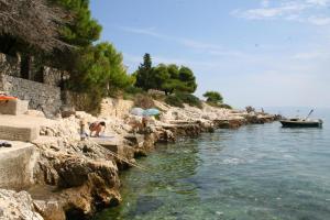 Apartments by the sea Rastici (Ciovo) - 4823, Apartmanok  Trogir - big - 31