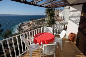 Apartments by the sea Rastici (Ciovo) - 4843