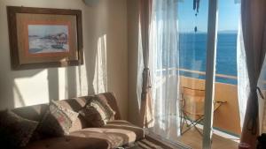 Departamentos Playa Bellavista tome, Apartmanok  Tomé - big - 1