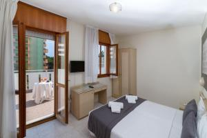 Hotel Airone - Adults only, Hotely  Bibione - big - 1
