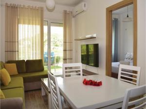 One-Bedroom Apartment in Durres - Shetaj