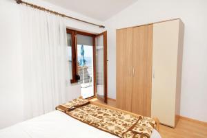 Apartment Novi Vinodolski 5599b, Apartmány  Novi Vinodolski - big - 16