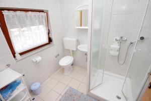 Apartment Novi Vinodolski 5599b, Apartmány  Novi Vinodolski - big - 23