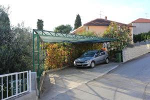 Apartments with a parking space Okrug Gornji, Ciovo - 10343, Apartmanok  Trogir - big - 16