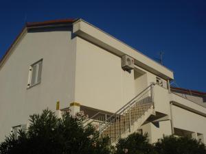 obrázek - Apartments by the sea Necujam, Solta - 11336