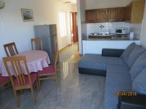 Apartment Rogoznica 11679c