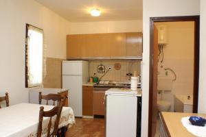 Apartments by the sea Seget Vranjica, Trogir - 4285, Апартаменты/квартиры  Трогир - big - 9