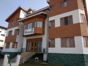 Welcome Hotel Gulmarg, Szállodák  Gulmarg - big - 10