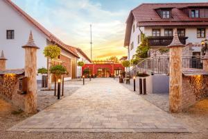 Hotel - Restaurant Eberlwirt - Buch am Erlbach