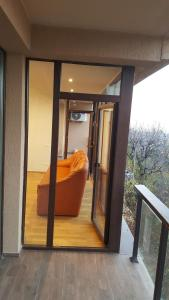 Grand View Apartment, Apartmány  Brašov - big - 6