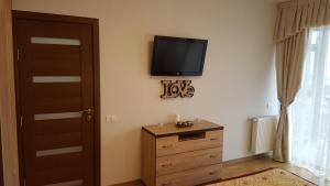 Grand View Apartment, Apartmány  Brašov - big - 22