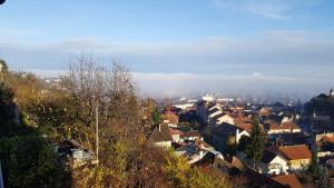 Grand View Apartment, Apartmány  Brašov - big - 36